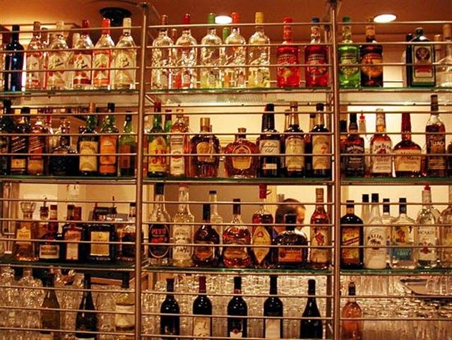 Worldwide supplier of international liquors, beers, champagnes, cognacs, vodka