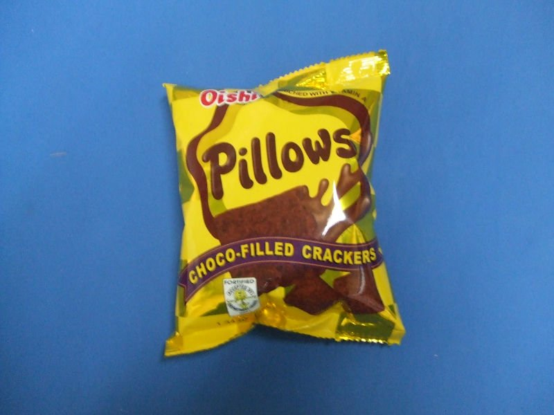 OISHI PILLOWS CRACKER.