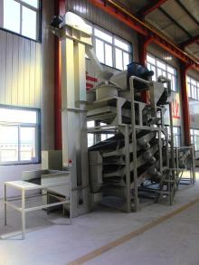 Silybum seed dehulling & separating machine, dehulling machine