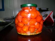 canned cherry tomato