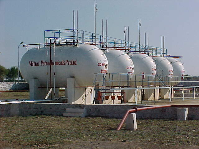 LPG GAS TANKS AND OIL AND PETROLEUM STORAGE CONTAINER productsIndia