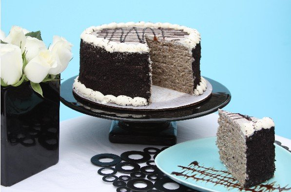 cookies & cream smith island cake