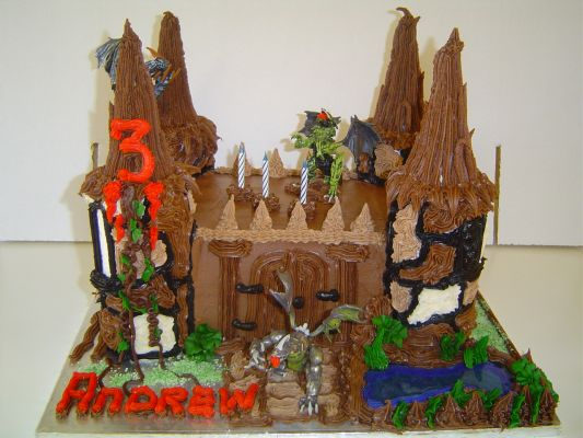 325 Dragon Castle cakes for boys