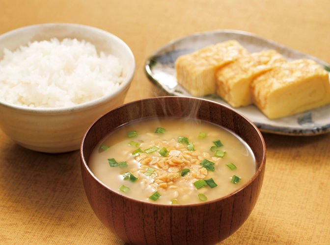 how to eat japanese miso soup