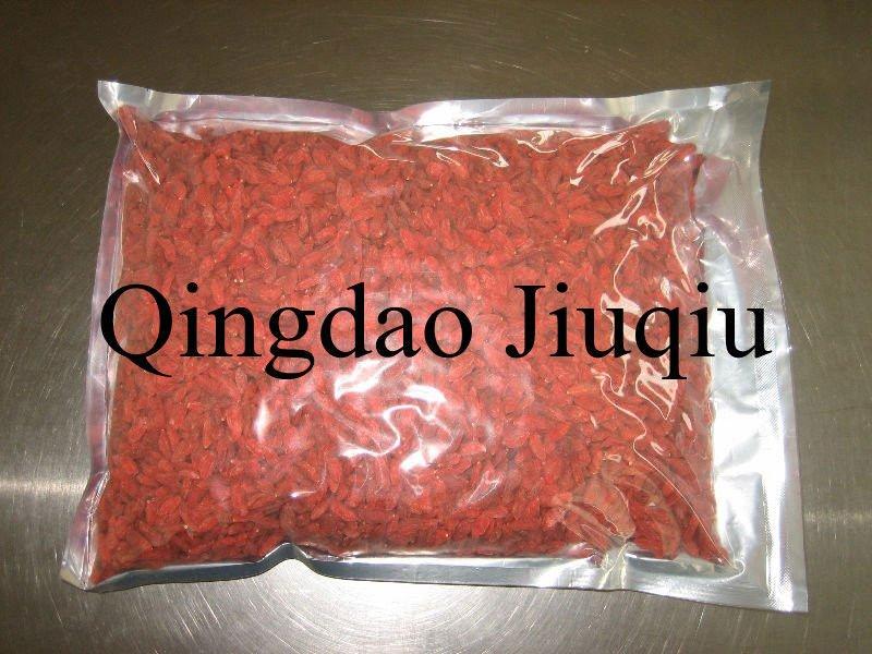 dry/fresh organic wolfberry fruit/lycium chinense