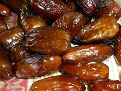 Date fruit for sale