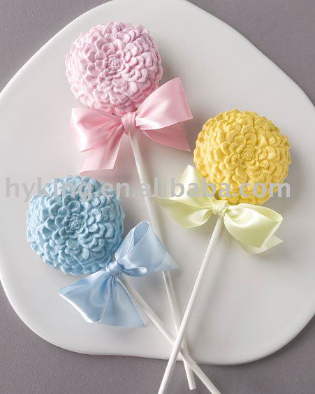how to make chocolate lollipops with molds with different colors