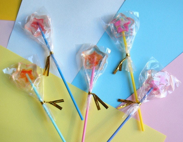 Twin Star Lollypops