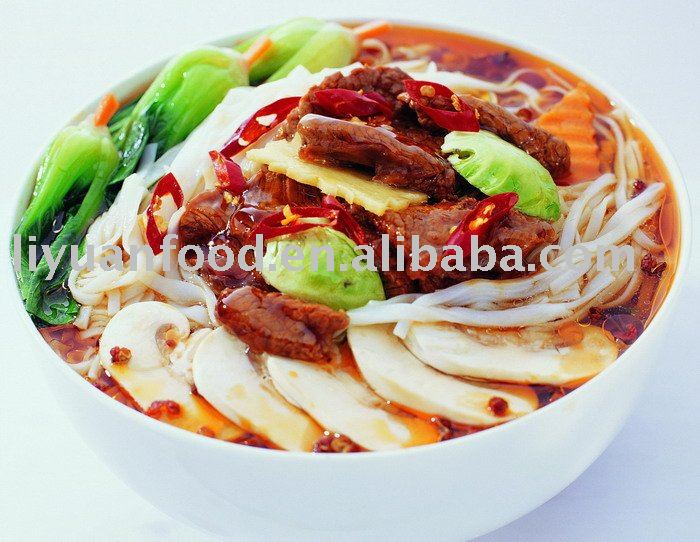 Fast food instant rice-noodles of braised beef flavor