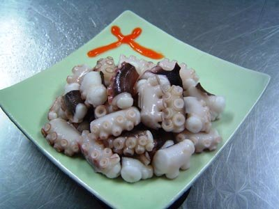 Boiled Cut Red-up Octopus