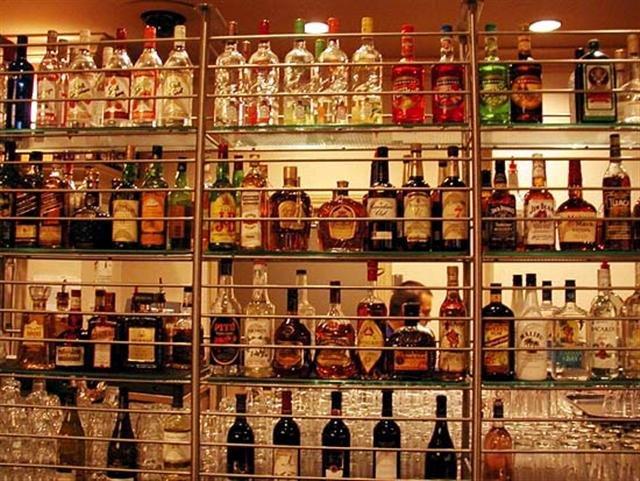 Worldwide supplier of international liquors, beers, champagnes, cognacs, vodka