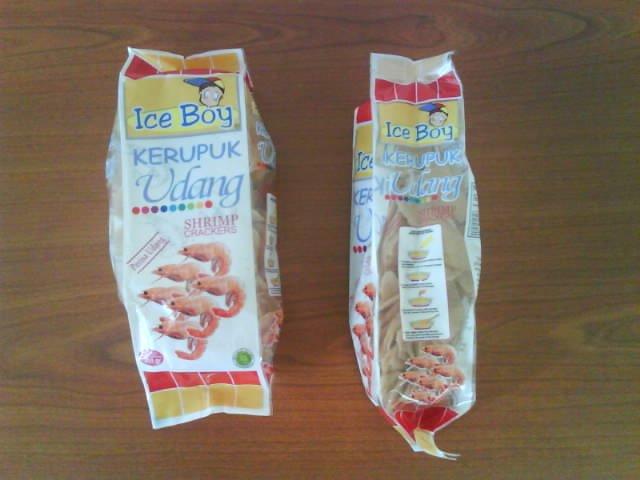 Keropok Udang/ Shrimp Crackers