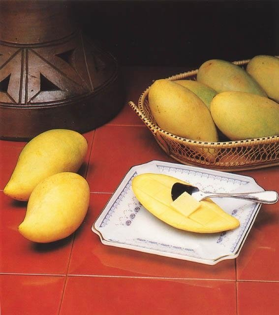 pakistani fresh mango, fruit
