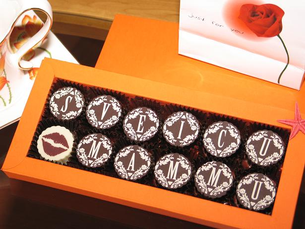 personalized chocolate truffles with printing