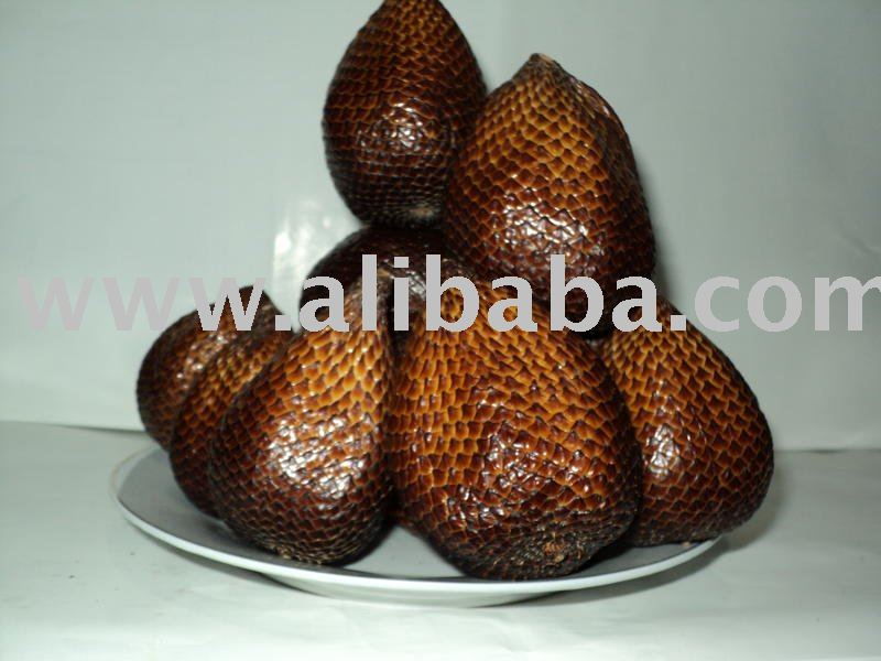 Fresh Sweet Snake Fruits ( Salak )