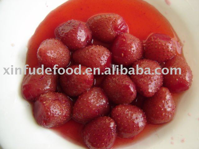 canned strawberry in light syrup 410g E124