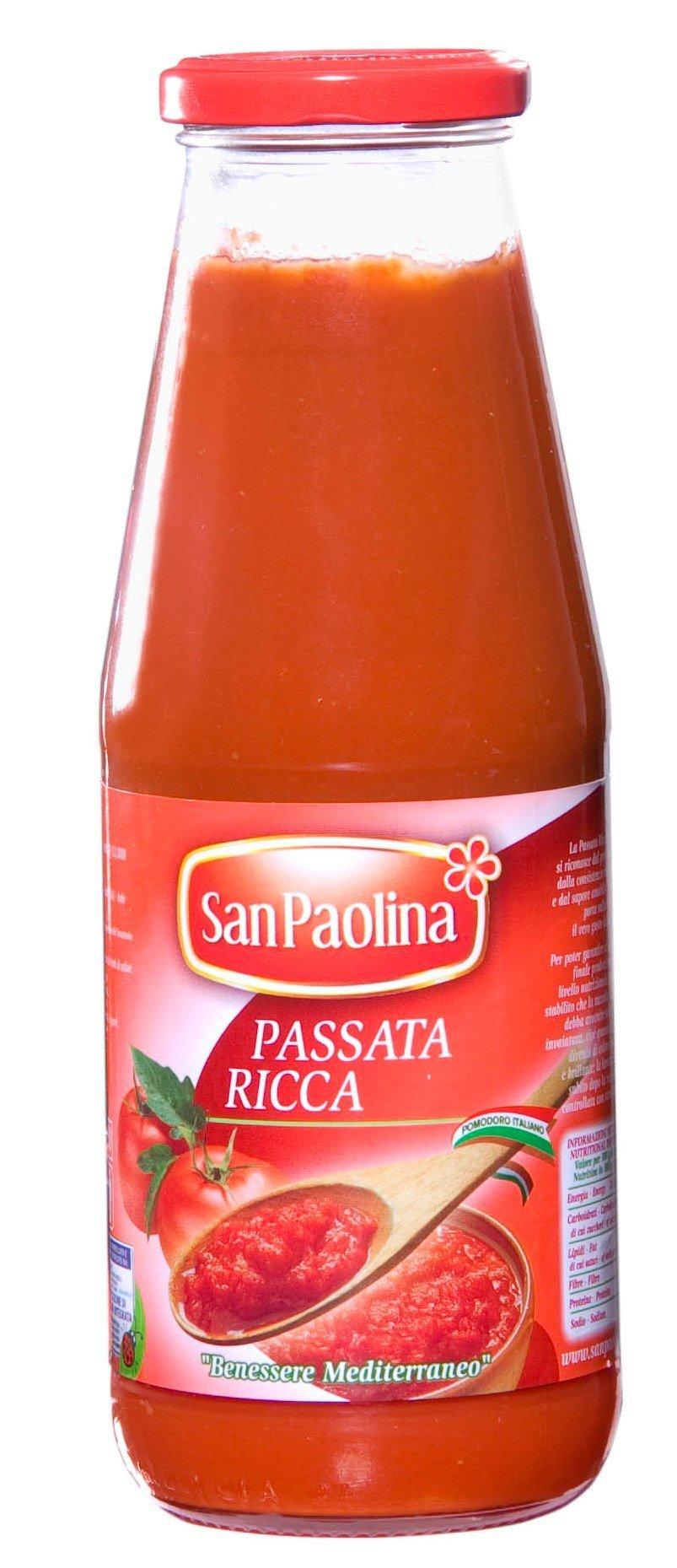 Passata di pomodoro  Tomato passata