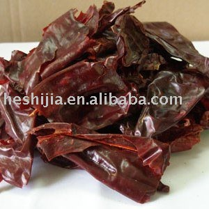 Dry red chili flakes