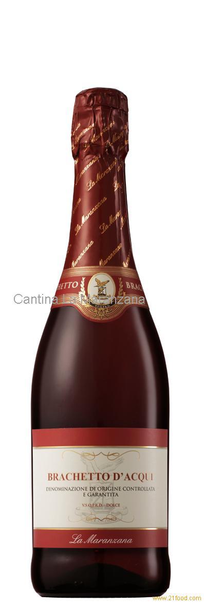 sparkling sweet red wine Brachetto d'Acqui