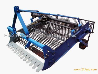 Potato Harvest Machine http://www.21food.com/products/sale-garlic,potato,sweet-potato-harvesting-machine-767319.html