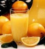 fresh orange and orange juice