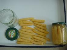 canned baby corn in glass jar