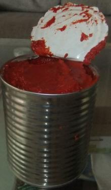850g canned tomato paste