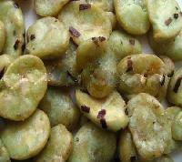 Seaweed broad bean chips