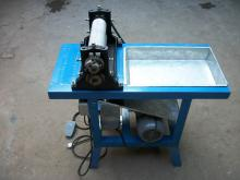 Electrical beeswax foundation machine, electrical beeswax foundation sheet embossing roller