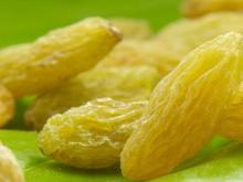 dried raisin golden