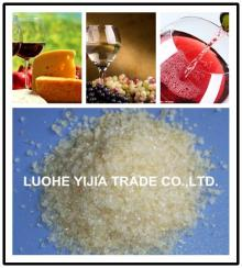 edible   grade   gelatin  used for wine