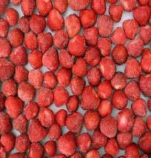 2013 good  quality   IQF  strawberry