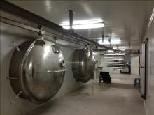 Freeze dryer for FD food production