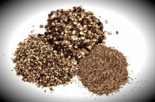 Black Pepper powder/cracked/whole