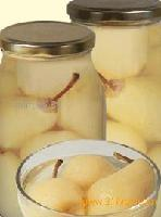 Whole Williams pears in jar