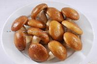Shiitake champignons in brine