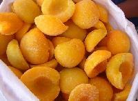 Frozen yellow peach halves